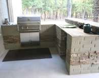807-outdoor-pergola-with-rocked-in-bbq-flagstone-countertops