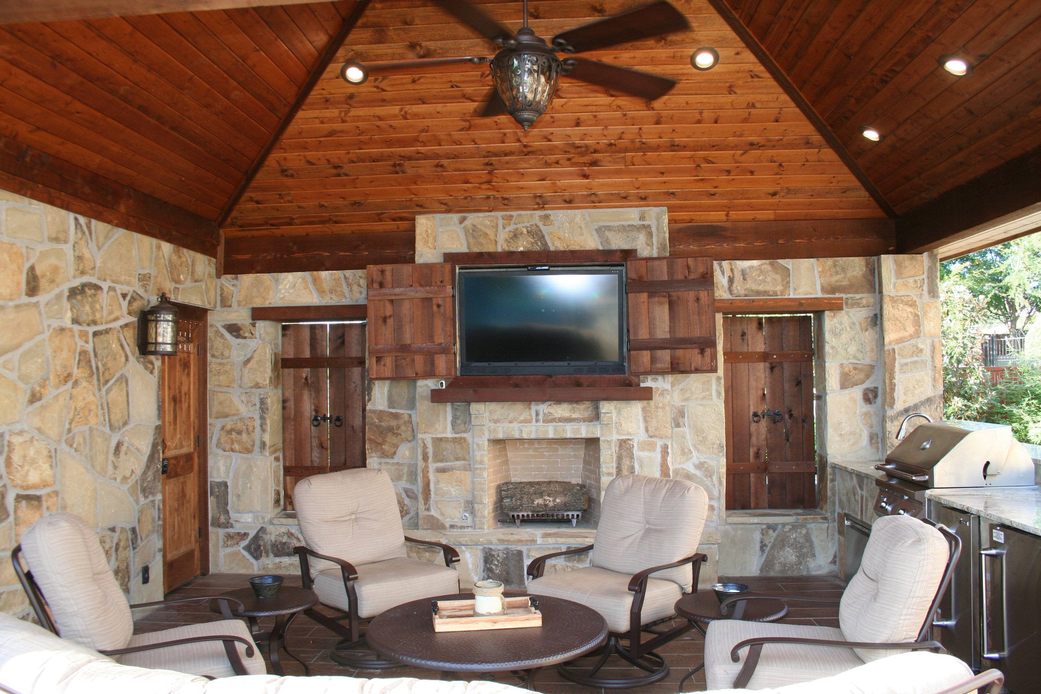 Solid Roof Structure, with Wood beam Accents, Bathroom, Granite Bar with Grill & Zodiac Equipment